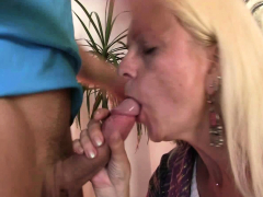 Petite mammories blondie granny gets her  cunt filled