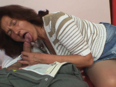 Taboo hook-up with older hairy-pussy mother-in-law