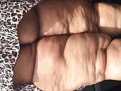 Ssbbw Carwash upskirt (Not My Vid) But this is classic