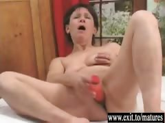 56 adulthood Cougar Vera pleased hard by Toyboy