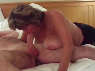 Big-busted Grown up Swallows All be fitting of Chunky Young Cock