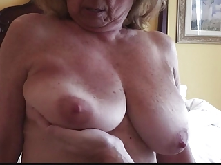 Busty Mature Martiddds: Natural Big Tits Up Handled