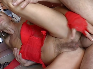 Prudish German Grandma Loves Anal - R9