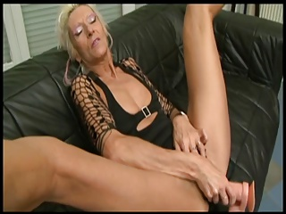 Claudia Black Beamy load of shit and Dildo