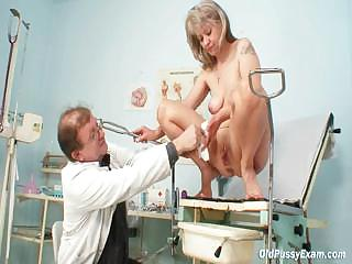 Full-grown Alena gyno pussy real convalescent home examination