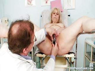 Broad in the beam jugs nurturer gets her both holes meetly checked by a kinky gynecologist