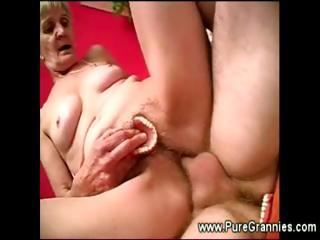 Toothless granny be hung up on session