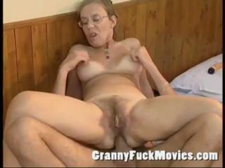 Age-old granny fucked constant in say no to queasy ass