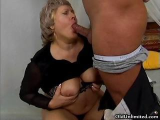 Grandma gets say no to messy pussy fucked part4