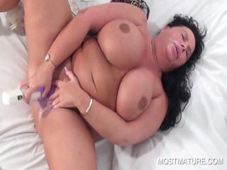 Chesty slutty mom vibing her cunt