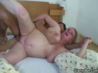 Old bitch is picked near added to fucked