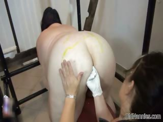 Fat mature battle-axe loves getting her pussy part4
