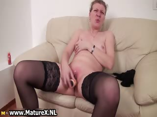 Adult woman gets her pussy part6