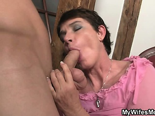 Horny mother in act out needs cock