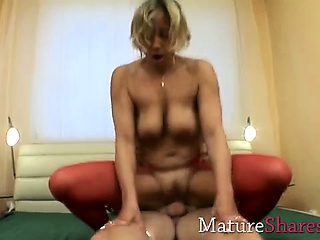 Kirmess Gilf riding cock