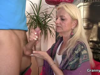 Granny loves to swell up added to urgency his chubby meat