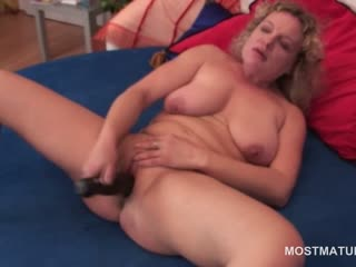 Gorgeous blonde grown up dildo fucking herself with lust