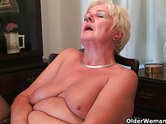 64 year old and Brit grandma Sandie rubs her old gash