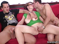 Mature  gets her throat and bum