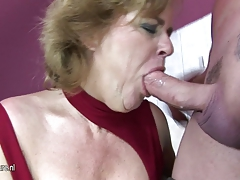 Mature lady playing with herself in rest room