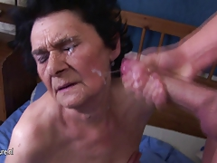 Unexperienced granny enjoys the taste of young cum