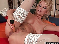 Over 50 milf Merilyn works her mature slit