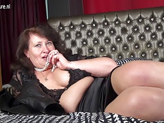 Mature Plus-size  playing with herself