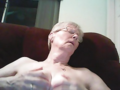Nanny Loves Tit Play