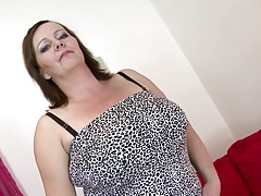 Sexy mature mom with big bumpers and big fucky-fucky