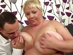 Young motherfucker  big mature mother
