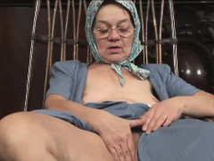 Kinky granny has her humid pussy rammed