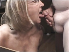 Mature Suck Full