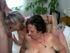 Sexy mother loves lesbian fun in couch