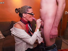 Horny mature Milf ravaging and sucking youthfull boy