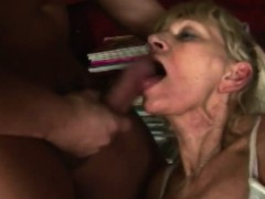 Blonde grannie blowjob big dick rough shaved cunny