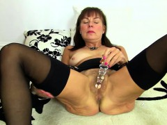hairy woman playing with herself