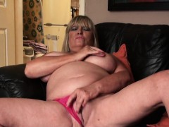 Busty submissive granny fingers her cootchie