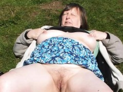 Amateur mature moms and grannies Brandon from 1fuckdatecom