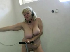 OldNannY First-timer blondie Granny Lesbian