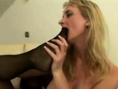Busty grandmas scissoring and licking cootchies