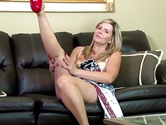 Lovely mature mum first time on web cam