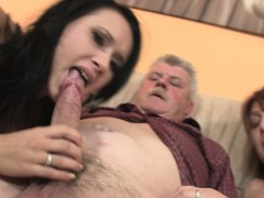 Old stud doggy-fucks his black-haired girlfriend!