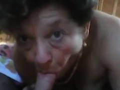 OmaGeiL Old Amateur Granny Sucking Old Hard Man-meat