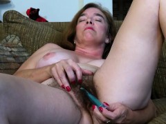 USAwives Hairy Grannie Pusssy Fucked With Romp Toy
