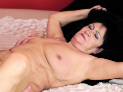 Facialized cougar pounded
