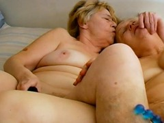 OmaHoteL G/g Matures Sex Fucktoys Getting off