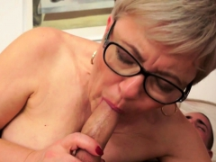 Spex grannie cummed in mouth after fucking