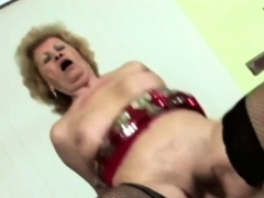 Hot babe gets banged by friend