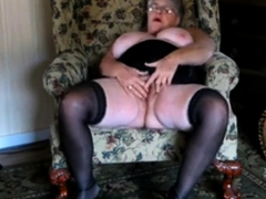 Beautiful Granny webcam