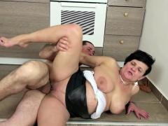 GERMAN MILF Entice TO FUCK BY BEST FRIEND OF HER SON
